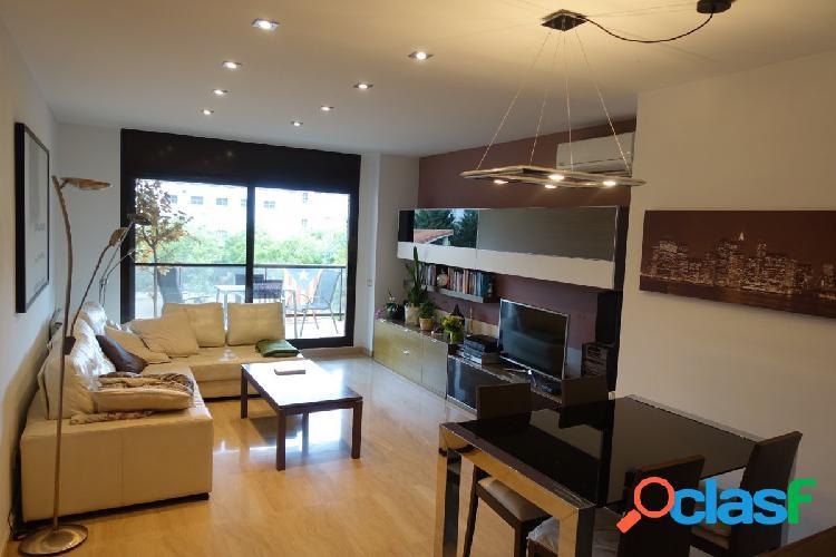Gran piso en alquiler equipado y con terraza