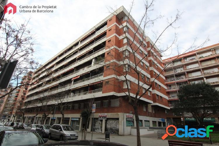 Inmueble de 78 m2 en el barrio de Les Corts, en Calle