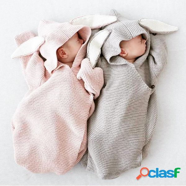 Lindo conejito con forma de saco de dormir para bebés