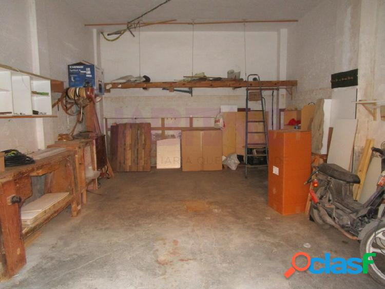 Local en planta baja, como garaje en zona Parque