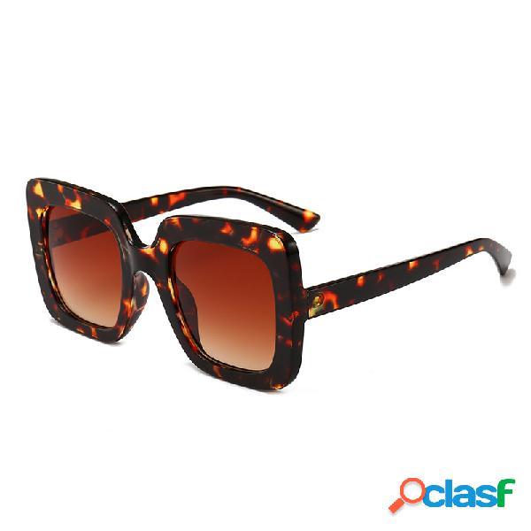 Mujer Gafas de sol cuadradas de la moda al aire libre UV