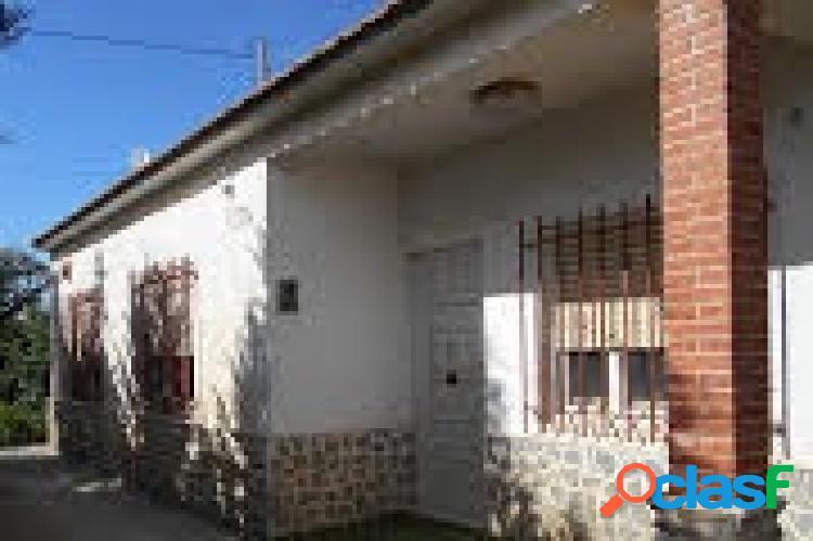 OPORTUNIDAD -CHOLLO CASA DE CAMPO CON 1000 m2 DE PARCELA