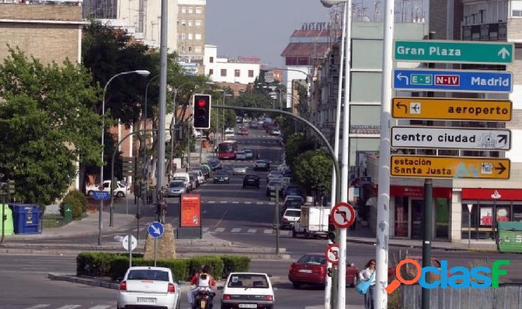 PEQUEÑO LOCAL EN LA ZONA DE NERVIÓN.