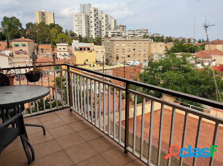 Piso con terraza en Barcelona (Horta)