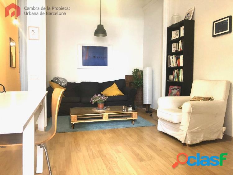 Piso de 110 m2 en Gran de Gracia.