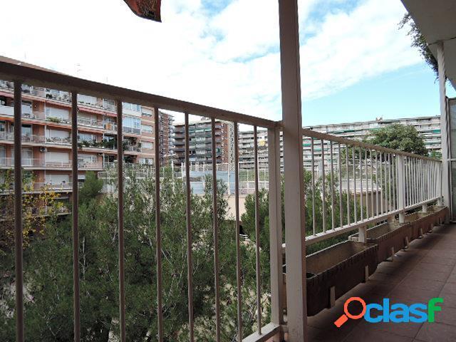 Piso de tres dormitorios en Les Corts (Barcelonsa)