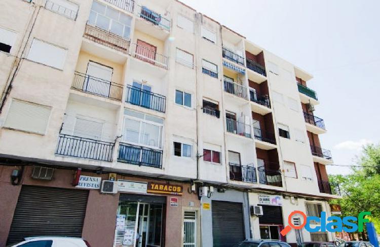Piso en venta en Calle MAXIMILIANO GARCIA SORIANO, Elda