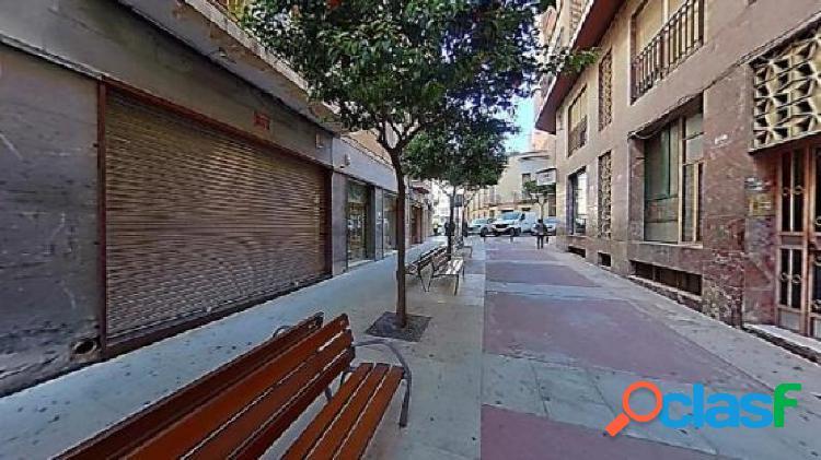Piso en venta en Calle PRIMERO DE MAYO, Crevillent