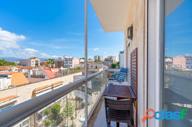 Piso en venta en Ciudad jardín con terraza y vistas al mar,