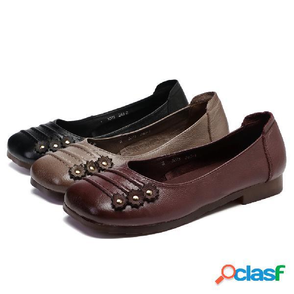 SOCOFY Slip floral con cuentas de cuero plegable en zapatos