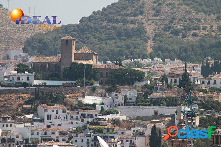 SOCRATES. PISO PLANTA ALTA 4 DORMITORIOS, 2 BAÑOS.