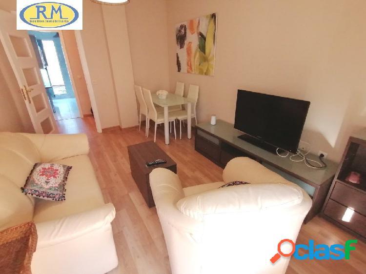 Se Alquila Bonito Apartamento 2 Dormitorios Muebles Actuales