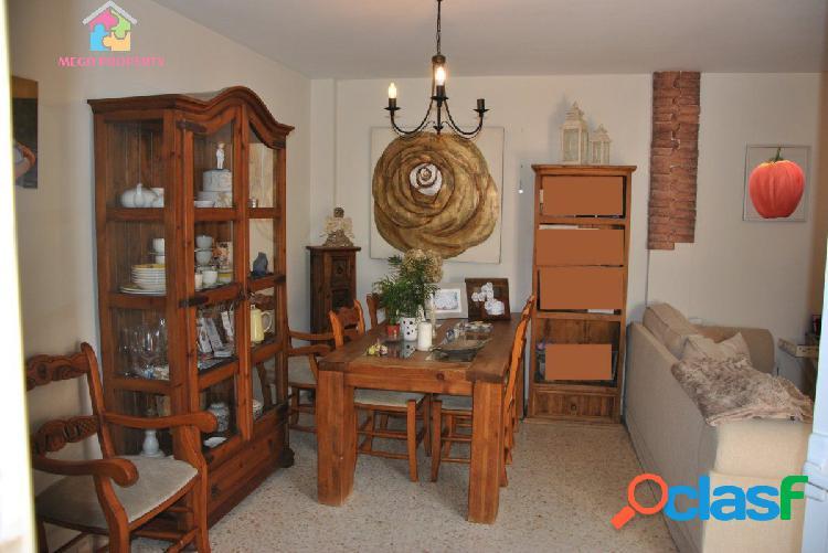 Se vende casa adosada en San Martin del Tesorillo