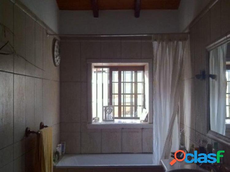 Se vende casa en El Roque de San Miguel