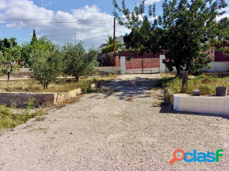 Se vende terreno urbano 1765 m2, se puede segregar y con