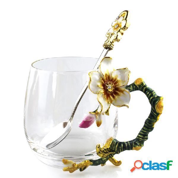 Taza elegante de la taza de té de la flor del albaricoque