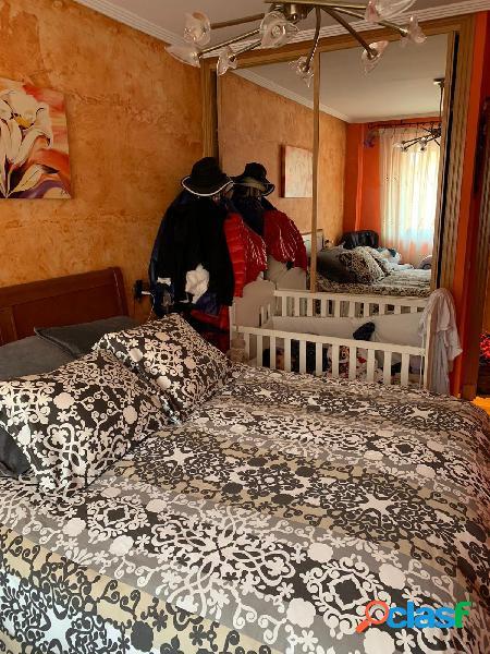Urbis te ofrece un bonito piso en venta en zona Puente