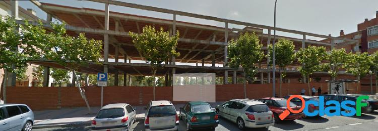 Urbis te ofrece un edificio en construcción en zona El