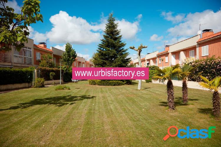 Urbis te ofrece un espectacular chalet en venta en zona