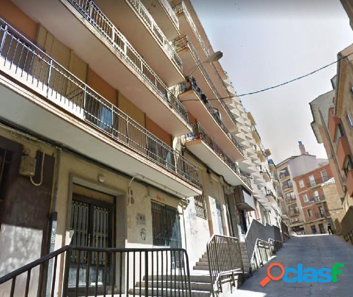 Urbis te ofrece un interesante piso en San Cristóbal,