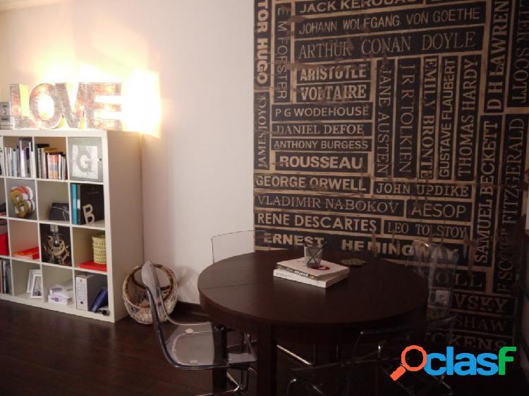 Urbis te ofrece un magnífico duplex en alquiler en la zona