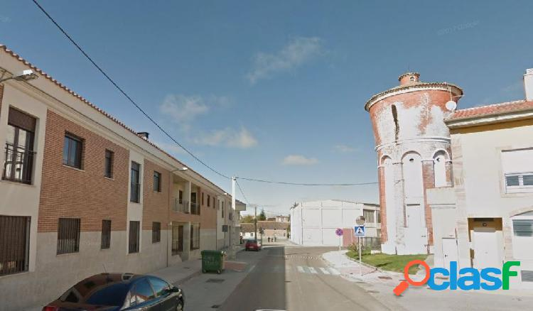 Urbis te ofrece un piso en Castellanos de Moriscos,