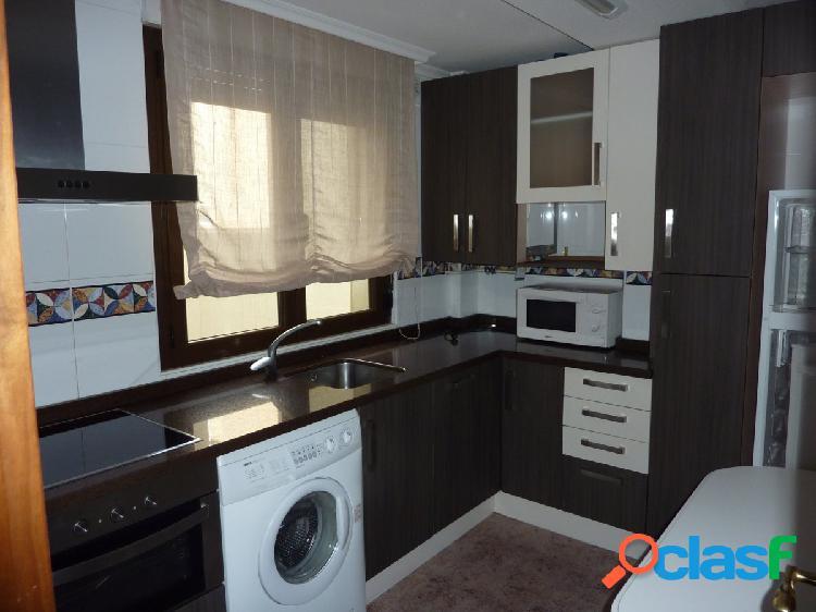 Urbis te ofrece un piso en San Vicente