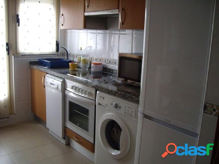 Urbis te ofrece un piso en alquiler en la zona de Huerta