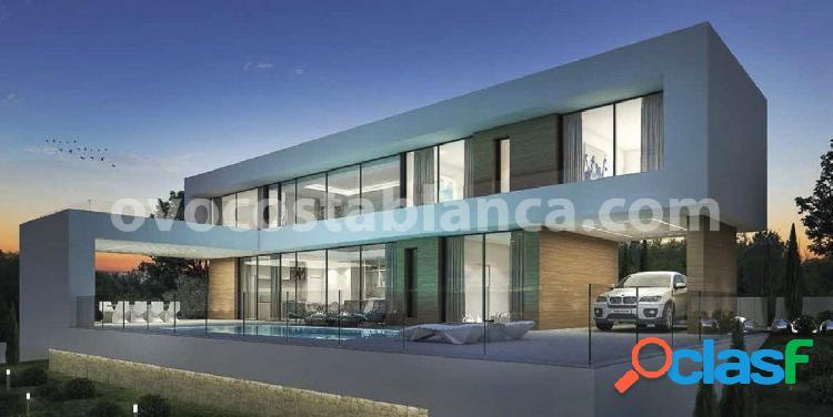 Villa de diseño moderno en Moraira