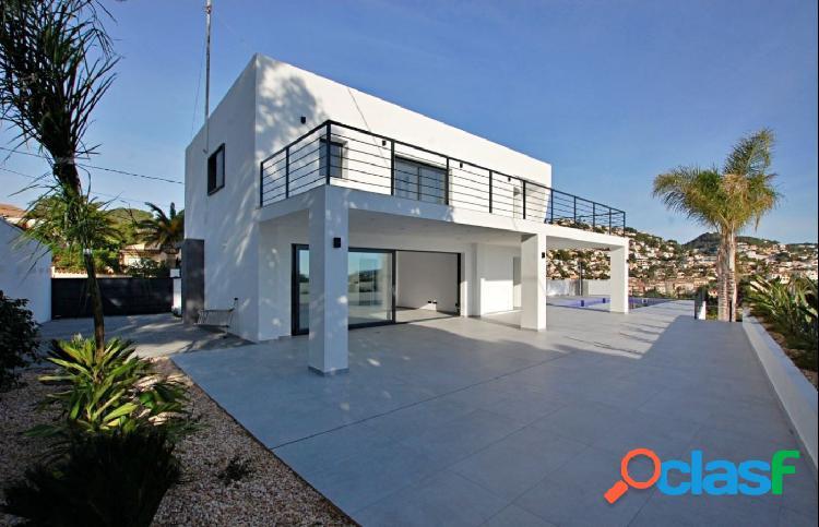 Villa de estilo moderno en la costa de Benissa con vistas