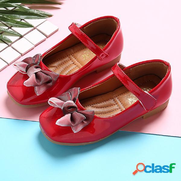 Zapatos de vestir planos con lazo de gancho de color sólido