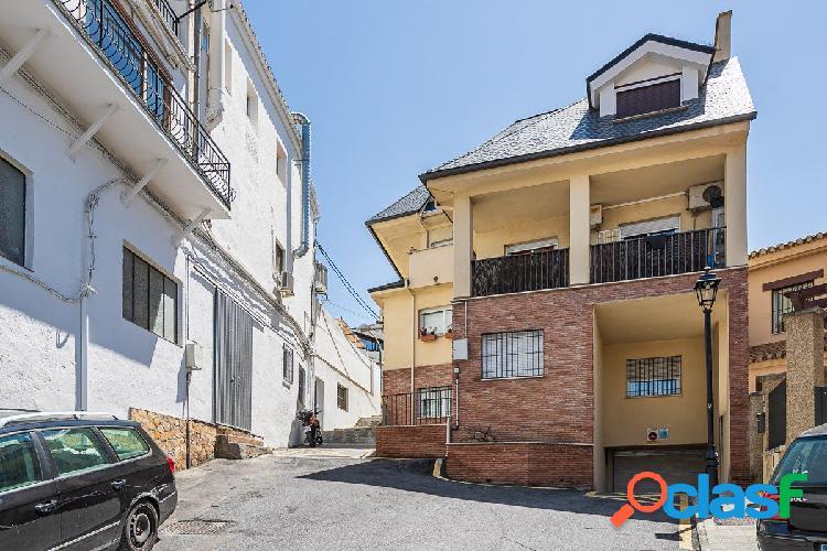 Ático duplex de 2 dormitorios en Barrio de Monachil