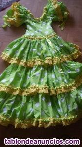 Dos vestidos de Sevillanas