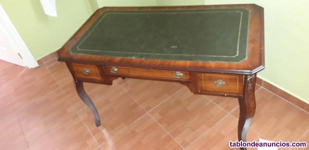 Mesa de escritorio antigua