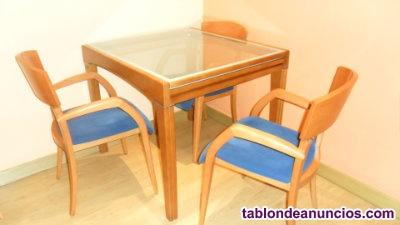 Venta de mesa de salon y sillas