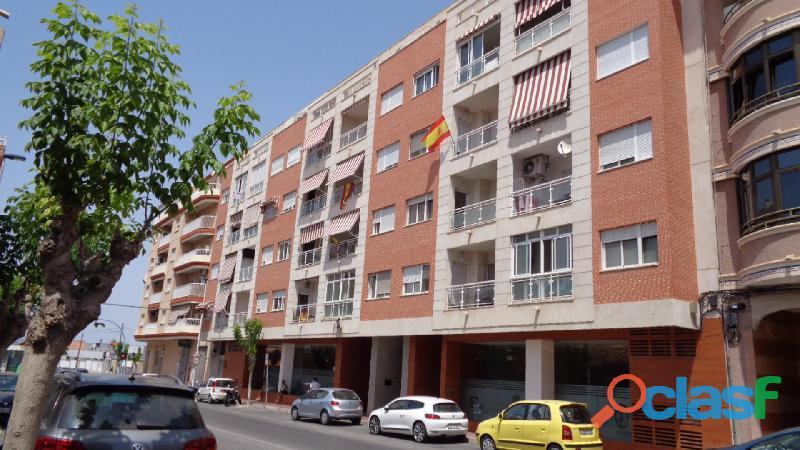 Espacioso Apartamento en Centro de Torrevieja a 400 metros