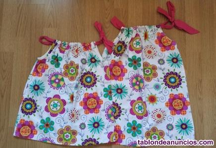 Lote dos vestidos tipo Desigual ideal hermanas