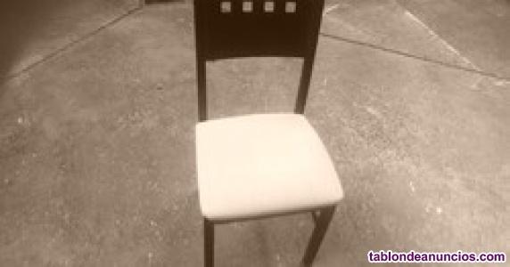 Se vende cuatro sillas comedor