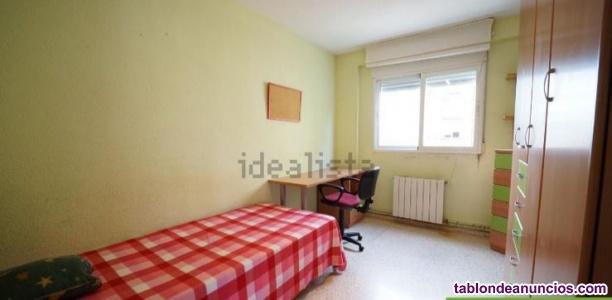 Alquiler de Habitación en calle Alejandro Dumas, 7