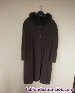 Abrigo de lana con cuello de piel
