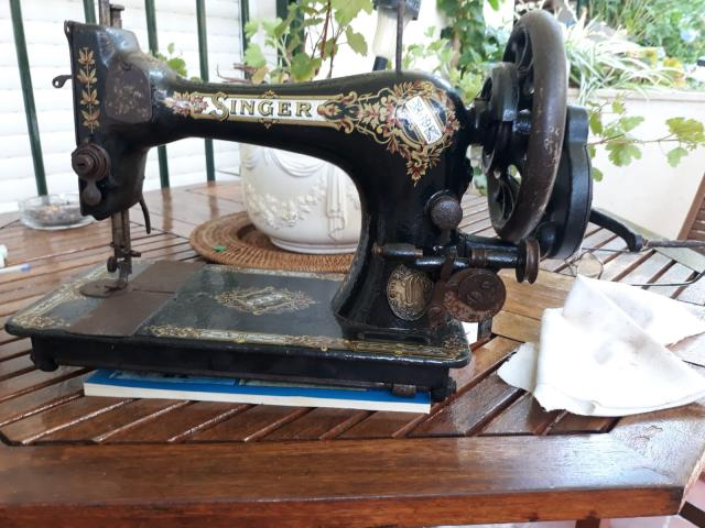 maquina de coser marca singer modelo 28k3