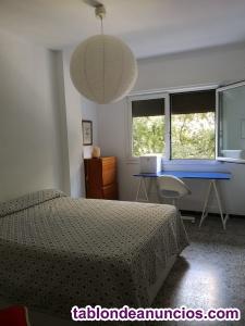 Alquilo habitación a estudiante o profesor en periodo