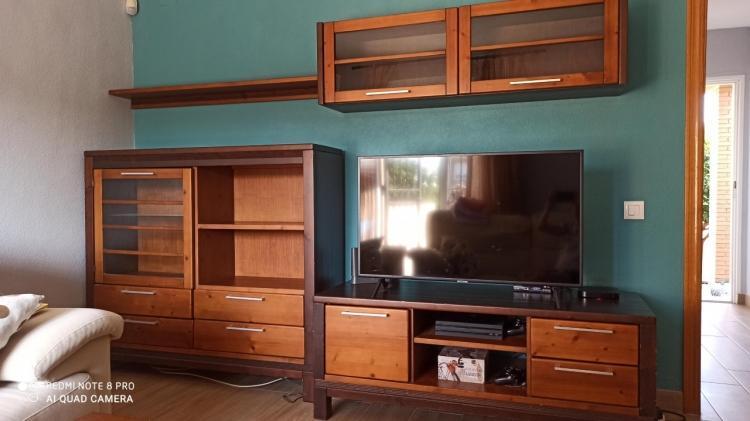 Conjunto de muebles de salón en madera maciza