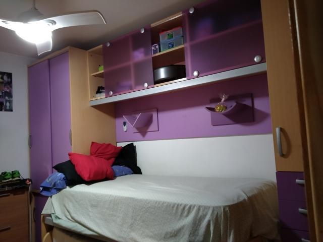 Habitación juvenil en buen estado
