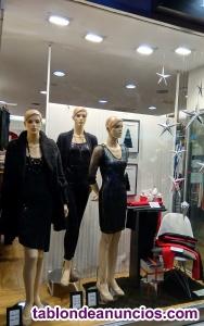 Se venden maniquíes para tienda de ropa de mujer.