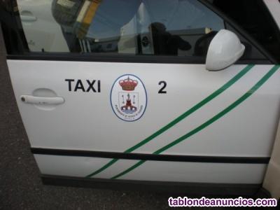 Urge venta de licencia de taxi