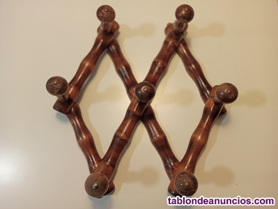 Percha de madera, tipo acordeón, ajustable