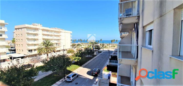 Apartamento con fantásticas vistas al mar situado en 1ª