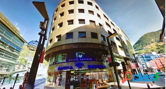 Apartamento de 3 habitaciones muy centrico, en Andorra la