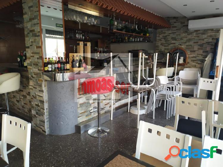 Bar - restaurante C2 mixto en traspaso, en el Clot,
